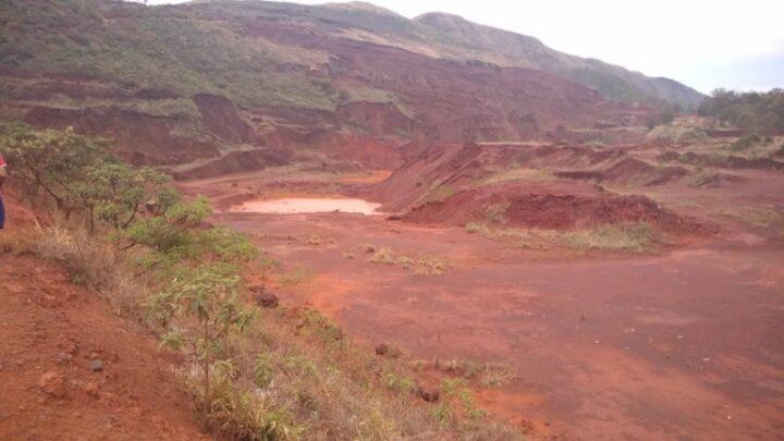 Áurea Carolina denuncia mineração ilegal em Ibirité, na RMBH